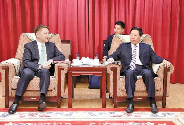 李春良會見吉爾吉斯共和國駐華大使